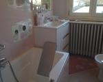Rénovation salle de bain pour faciliter l'accès à la baignoire.