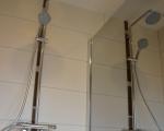 douche-avec-cloison-miroir.jpg